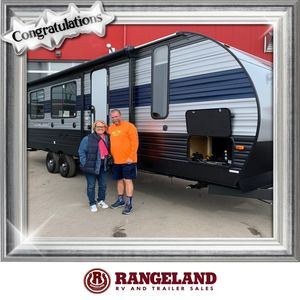 Bob & Charmaine M at Rangeland RV